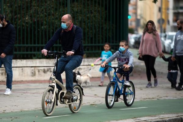 Coronavirus en Espagne : le masque rendu obligatoire dès l'âge de 6 ans