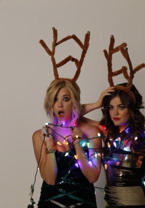Lucy Hale et Ashley Benson :D .