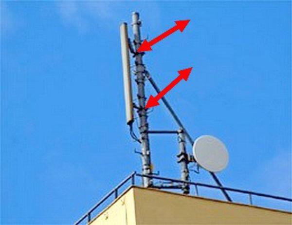 je sympathise avec technicien chef de chantier j'aie récupéré les attache des antennes téléphone ça peut servir nettoyer et graisser dégrippe