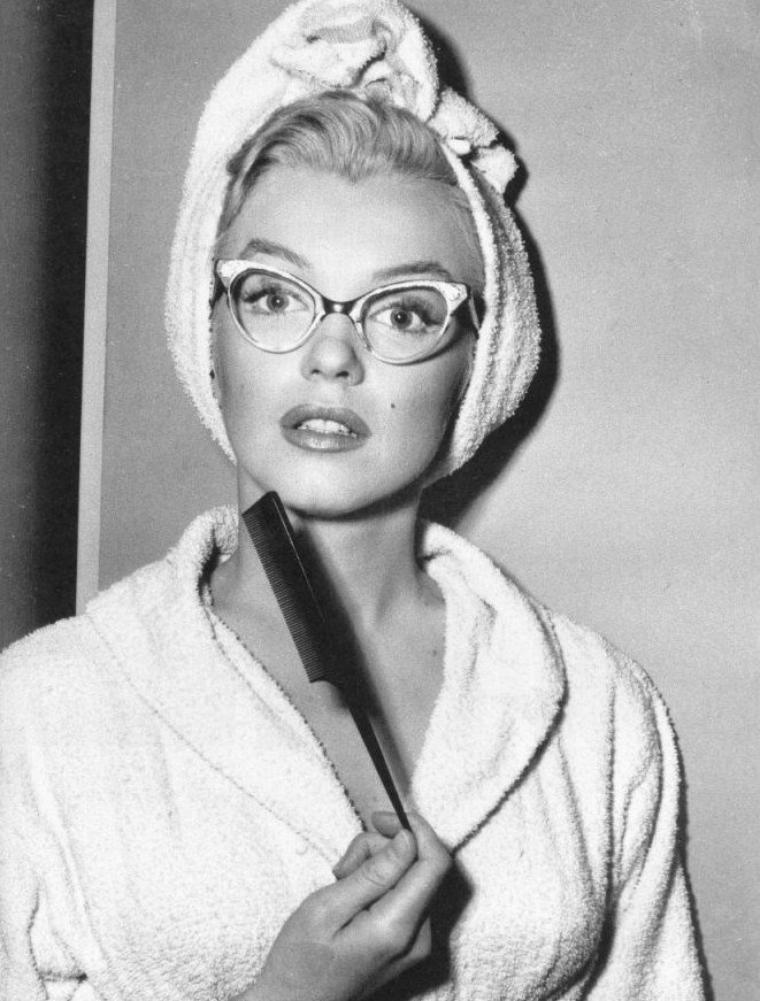 """1953, ESSAIS costumes et coiffures pour le film """"How to marry a millionaire"""" de Jean NEGULESCO (part 2)."""