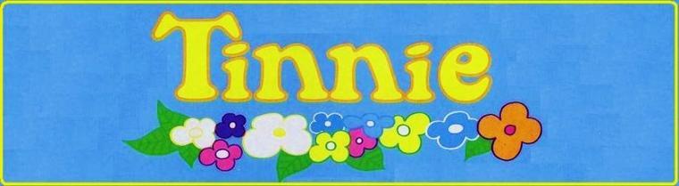Plein de renseignements sur la poupée Tinnie et sur son petit frère Tinou.