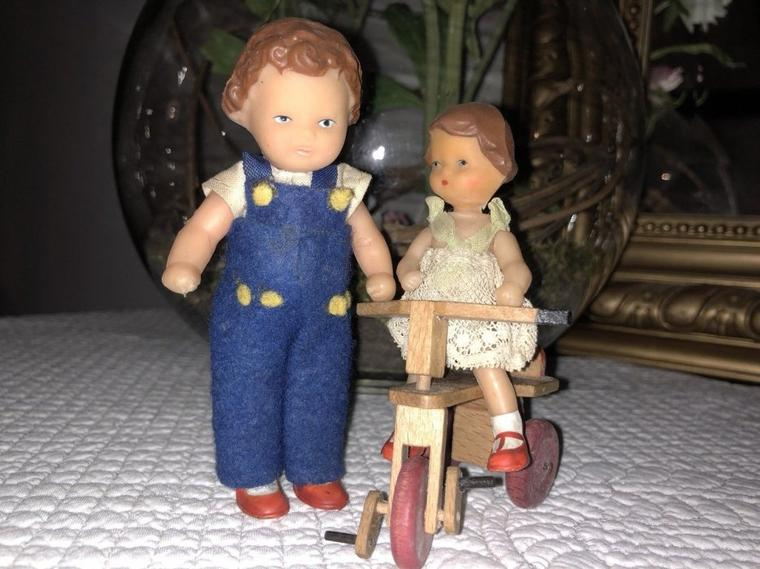 Les poupées Ari ont la côte.