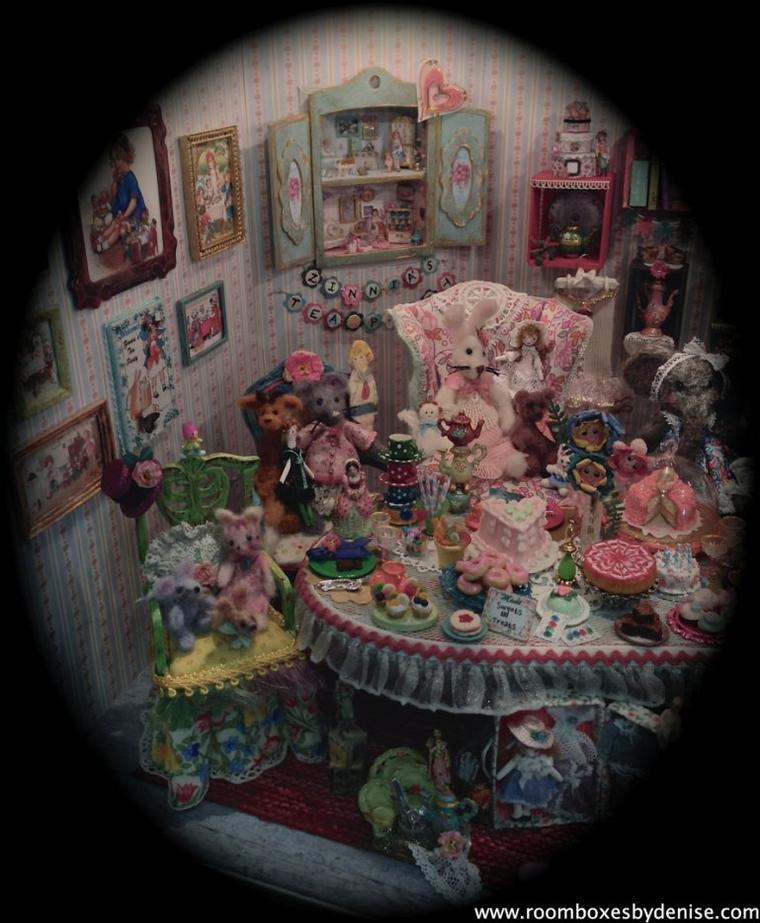 D'autres miniatures de Denise Morales