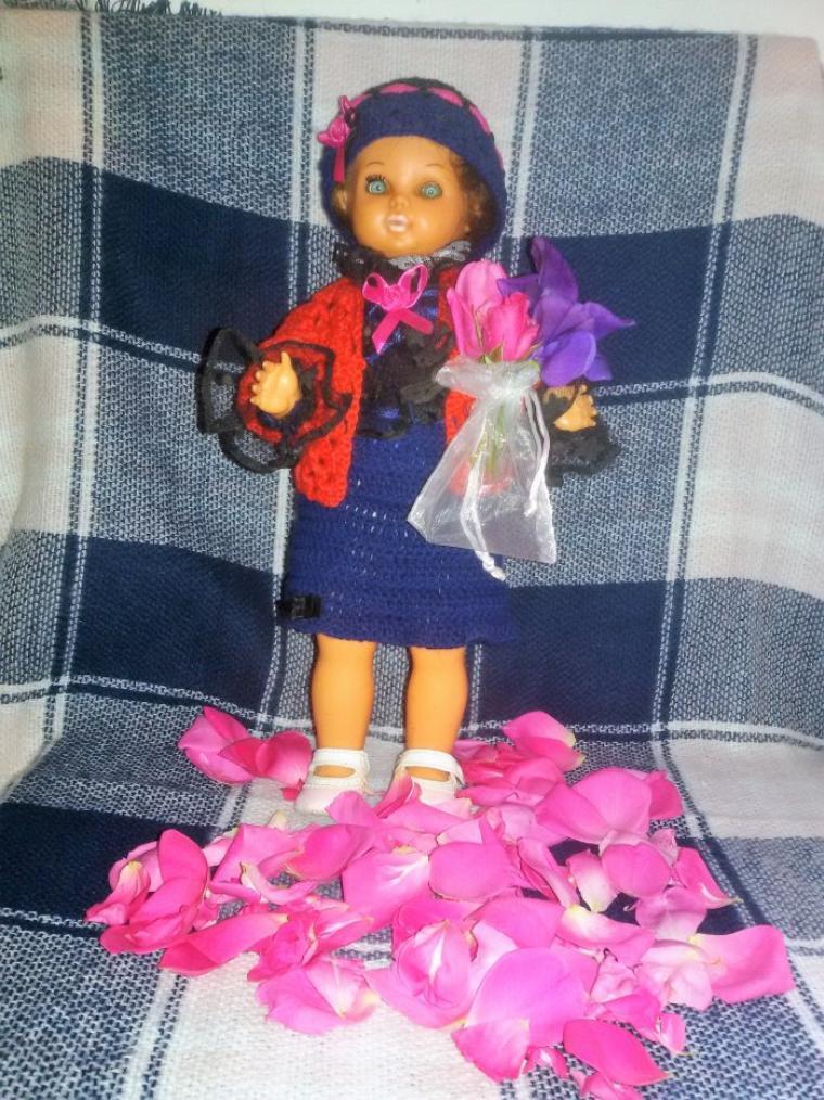 Annie est contente, elle repart en France avec son petit bouquet de fleurs.