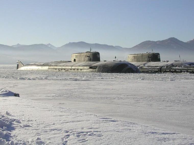 SSN RUSSE AKULA I ET II , TYPE 971 / 971 M