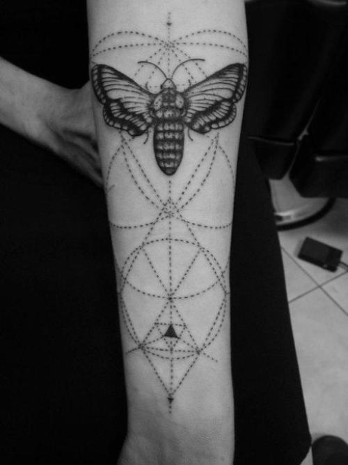 articles de friedmylittlebrain tagg s insect tattoo je suis le canal biliaire irrit de jack. Black Bedroom Furniture Sets. Home Design Ideas