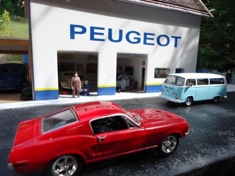 Articles de dioramas 1 43 tagg s garage peugeot page 3 for Garage peugeot gonneville sur honfleur