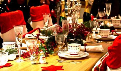 Nulle table ne peut remplacer le partage d'un repas simple orné d'une touche d'amour et d'amitié.