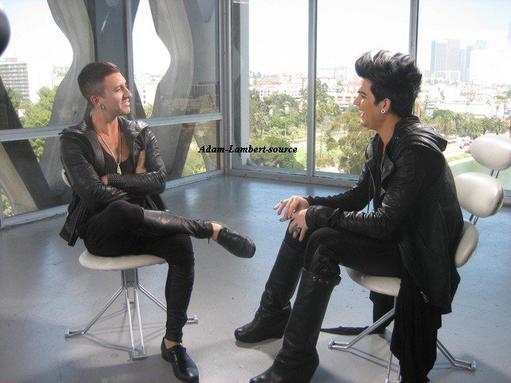 #498 Nouvelles photos de Adam en interview pour TALK@MTV Playground
