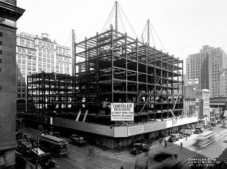 21 Mai 1930 Le Chrysler Building Est Un Gratte Ciel
