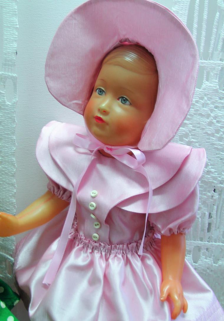 Françoise, jolie rousse, fait son entrée