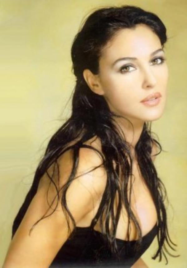 Mes Top-Models Favoris (Je ne sais pas si l'on peut les qualifier d'Artistes !): 1. Monica Bellucci