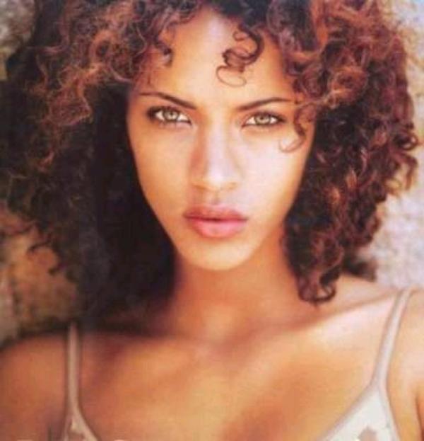 Mes Top-Models Favoris (Je ne sais pas si l'on peut les qualifier d'Artistes !) : 3. Noémie Lenoir