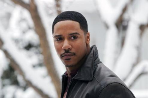 Beauty & The Beast :Biographie de Brian J. White