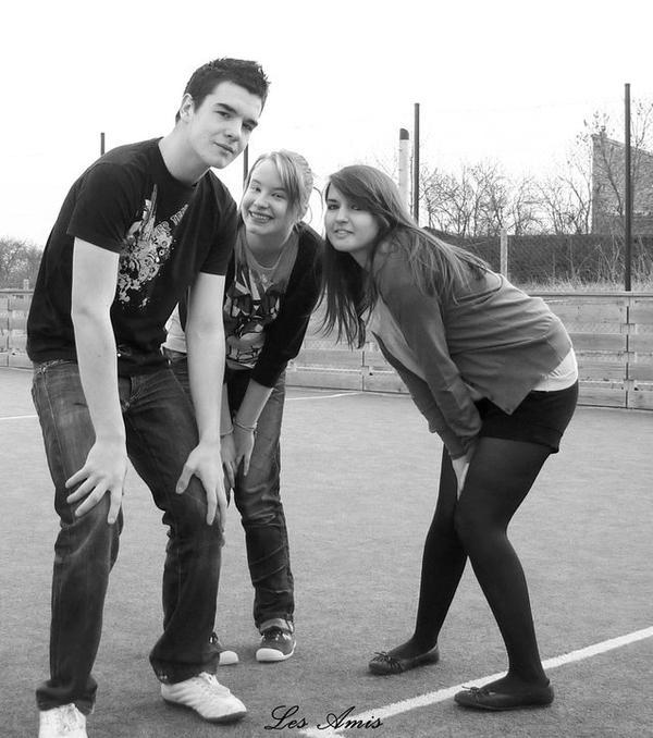 Les amis sont comme les étoiles, on ne les vois pas toujours mais ils sont toujours là ...