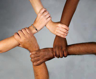 Unis contre le rasisme.