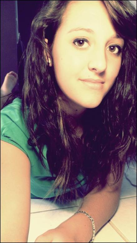 Je M'appelle  Maaèèvaaaa Bruel Anaëva Kiisu-Martines Splash-Gélyss-Jolivet :) & J'aime ca :) <3
