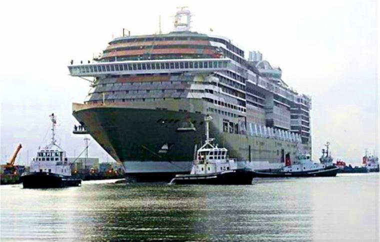 MSC DIVINA fait ses premiers pas à flot