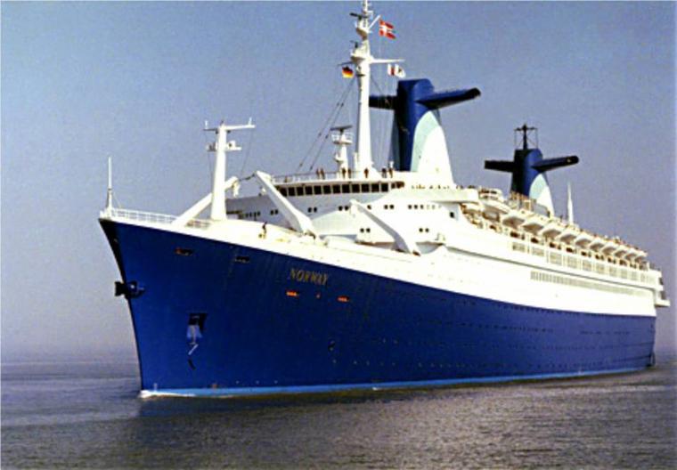 ss NORWAY 1980 - Bremerhaven - essais début avril 1980