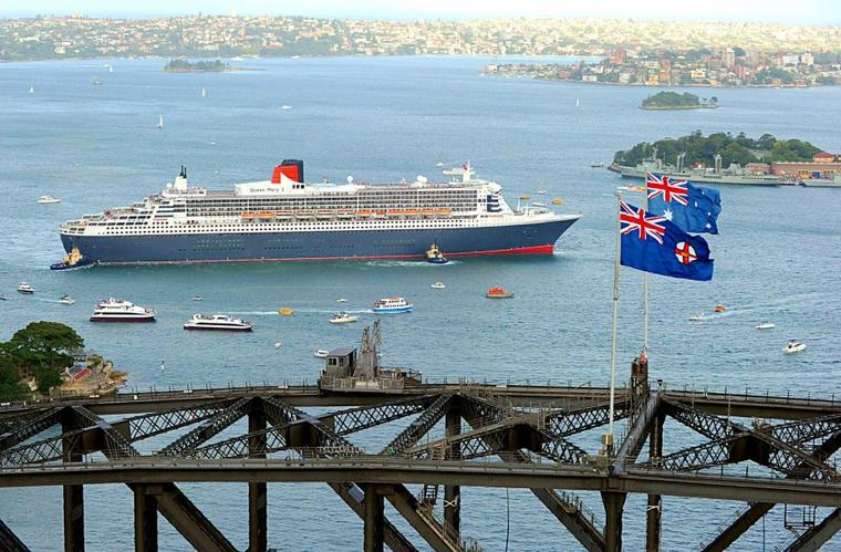 Queen Mary 2  2010 arrive en Australie (2)