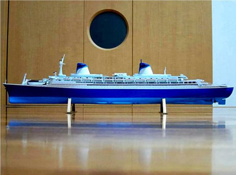 S/S NORWAY construit à partir du S/S FRANCE maquette AIRFIX