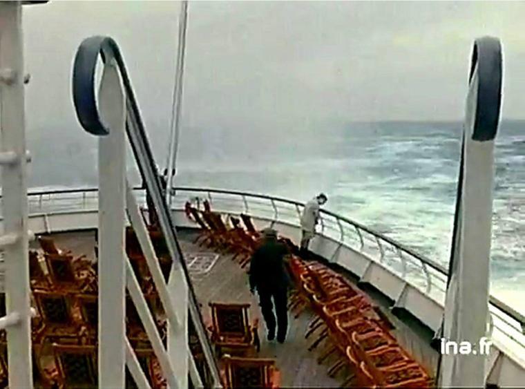 En route sur l'Atlantique-nord à destination de New-York... à bord du s/s FRANCE