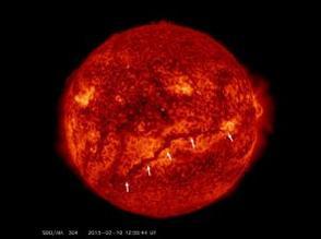 11 Février 2015 : DES NOUVELLES DU SOLEIL depuis le Pic du Midi : UN FILAMENT GÉANT observé sur la surface du Soleil dont la longueur est estimée actuellement à 1 million de kilomètres !