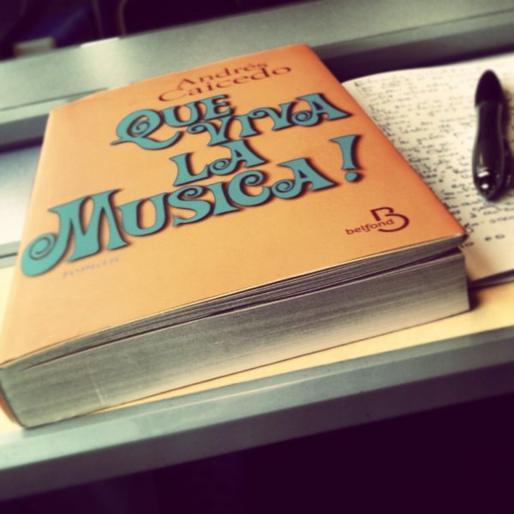 """ Que viva la música """