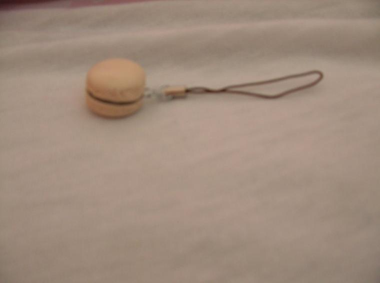 Macaron porte clefs VANILLE CHOCO