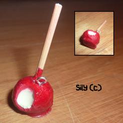 Collier - Pomme d'amour croquée (ou non au choix)
