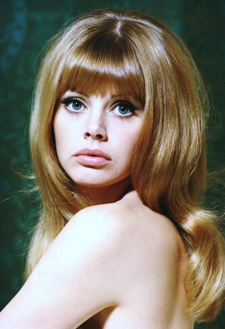 Britt EKLAND, de son vrai nom Britt Marie EKLUND, est une actrice suédoise née le 6 octobre 1942 à Stockholm (Suède).