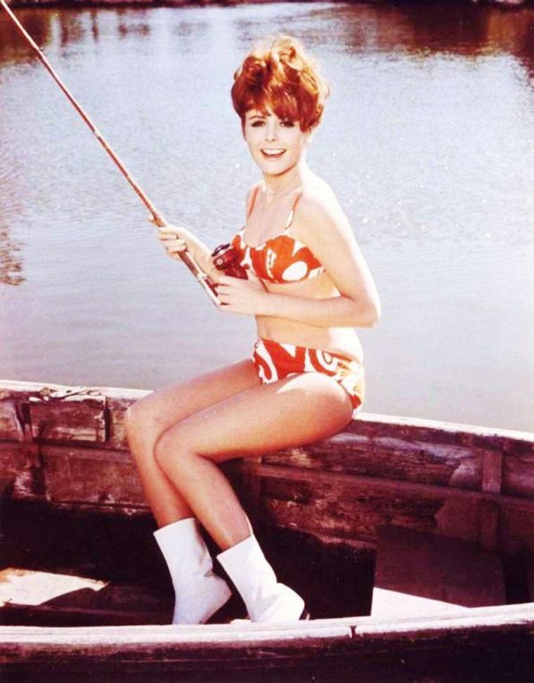 Deborah WALLEY (12 Août 1941 - 10 Mai 2001) est une actrice américaine.