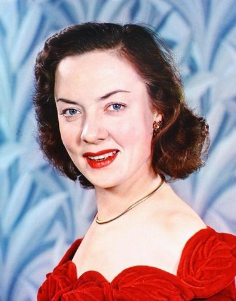 Audrey TOTTER est une actrice américaine né à Joliet, Illinois le 20 décembre 1918.