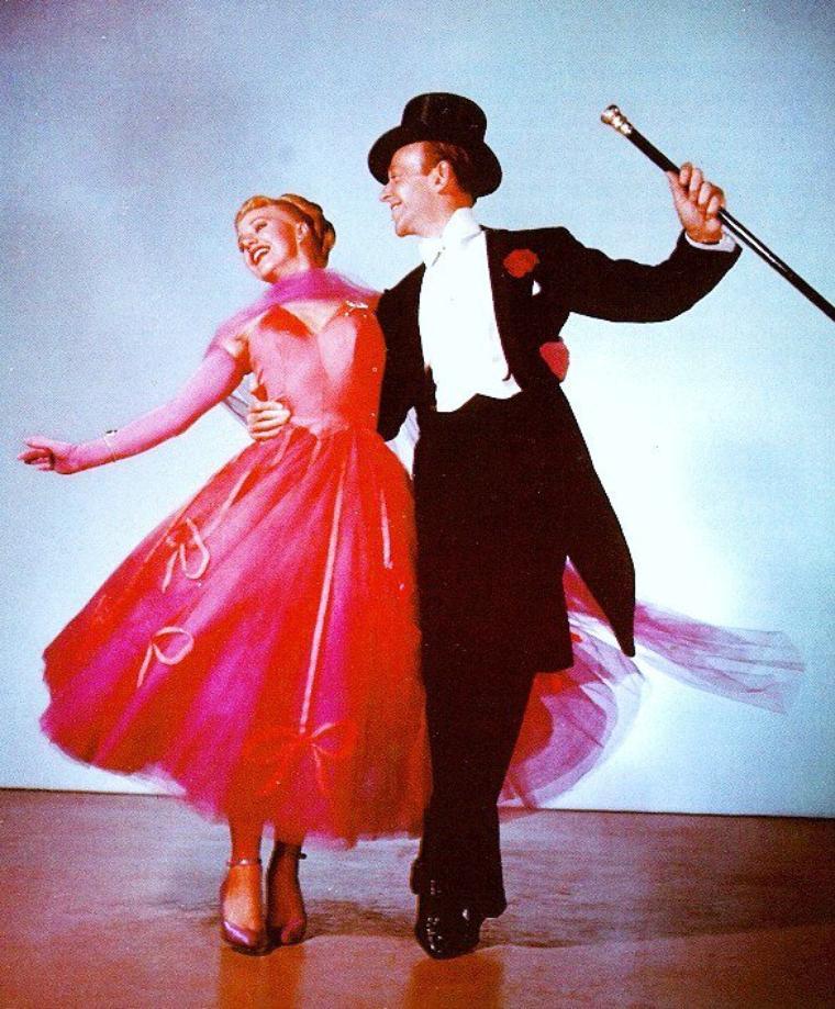 Quand les STARS s'adonnent à la danse, avec de haut en bas : Rita HAYWORTH / Judy HOLLIDAY / Lana TURNER / Jane POWELL / Ginger ROGERS / Joan CRAWFORD / Cyd CHARISSE / Ann MARGRET