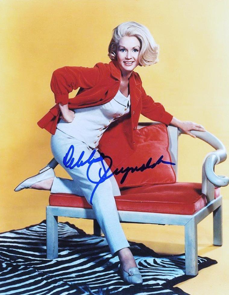 Ravissante... Debbie REYNOLDS