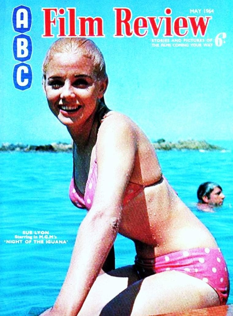 COVERS estivales de STARS : de haut en bas : Betty GRABLE / Carole LANDIS / Jane RUSSELL / Joan SMITH / Julie NEWMAR et Anita EKBERG / Olga San JUAN / Rhonda FLEMING / Sue LYON