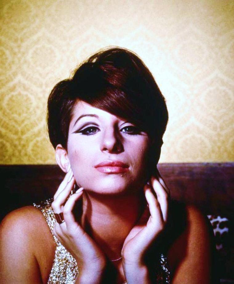 1965 / Barbra STREISAND sous l'objectif de Philippe HALSMAN