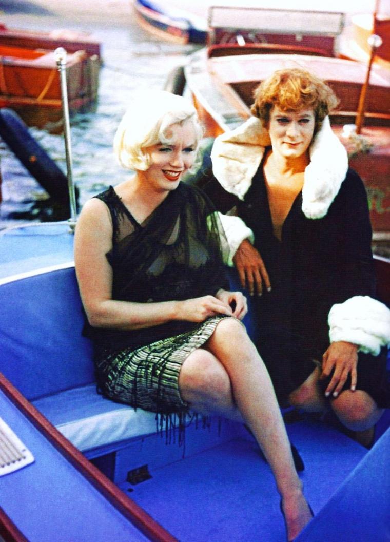 On the set with... Natalie WOOD / Anita EKBERG / Ava GARDNER / Marie LAFORET / Geneviève BUJOLD / Sophia LOREN / Marilyn MONROE / Elizabeth TAYLOR