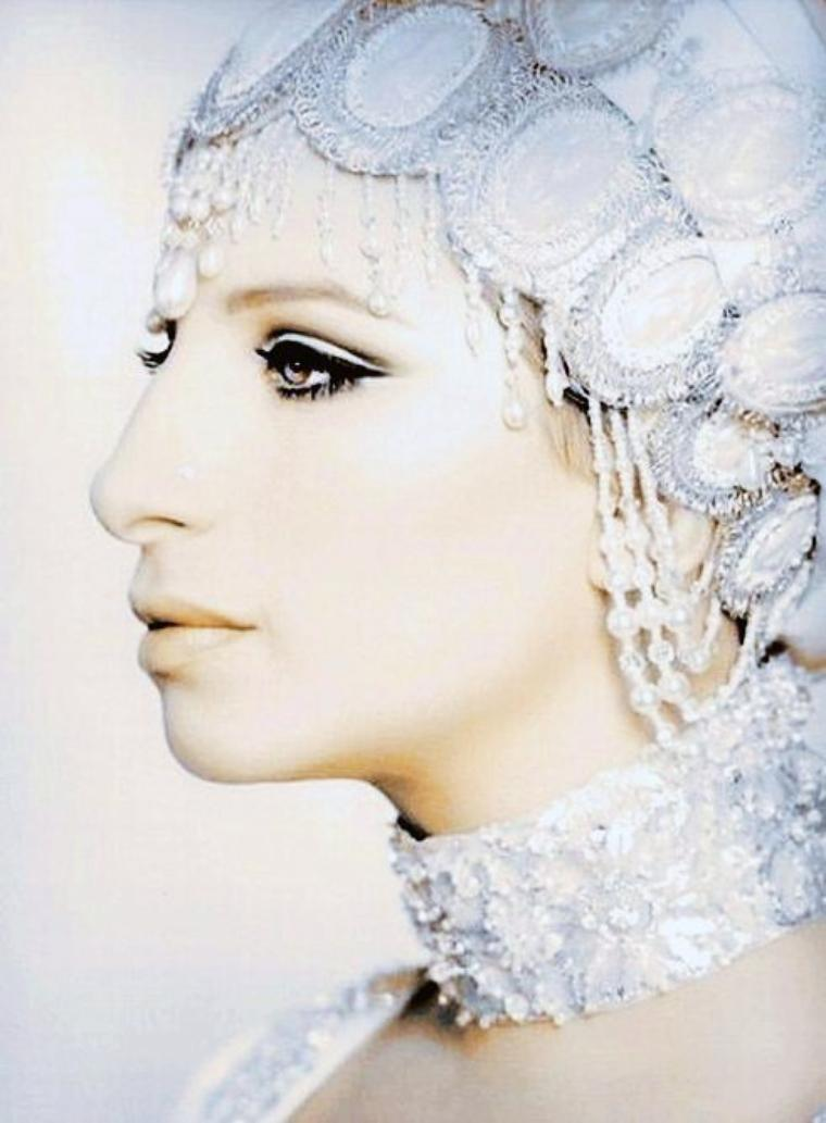 Barbra STREISAND 60's by Cecil BEATON.
