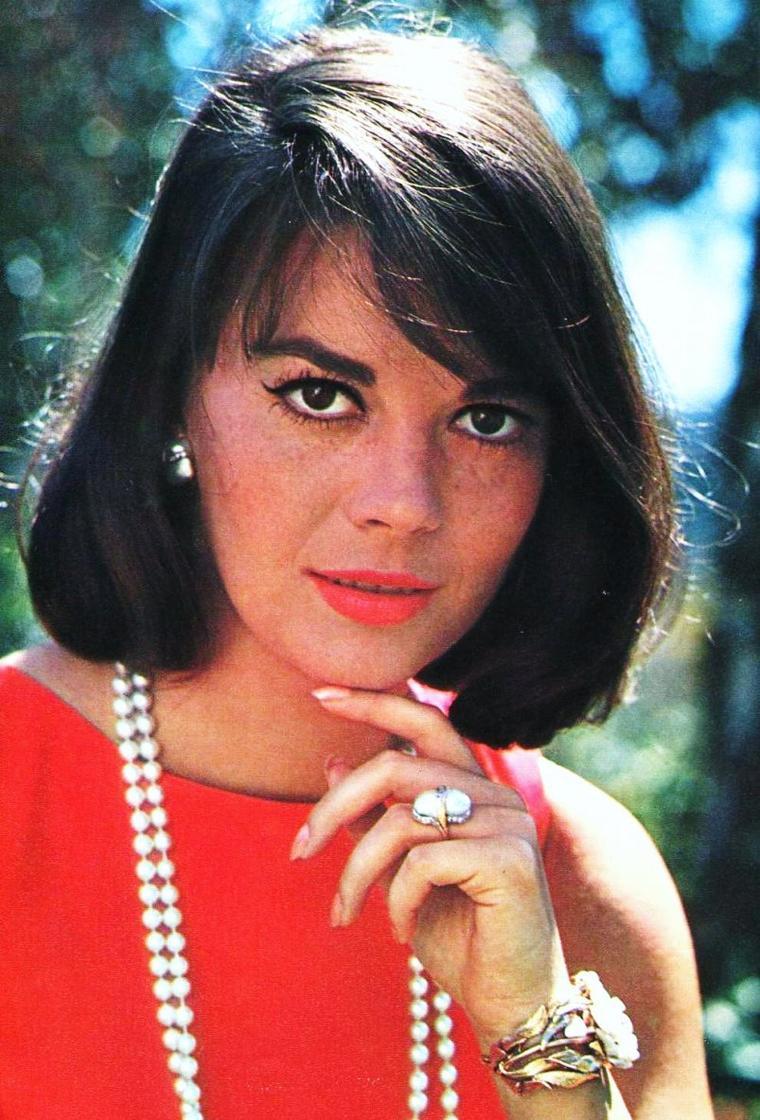 """""""Le rouge est mis""""... pour Natalie ! (tout comme Marilyn, sa couleure préférée)."""