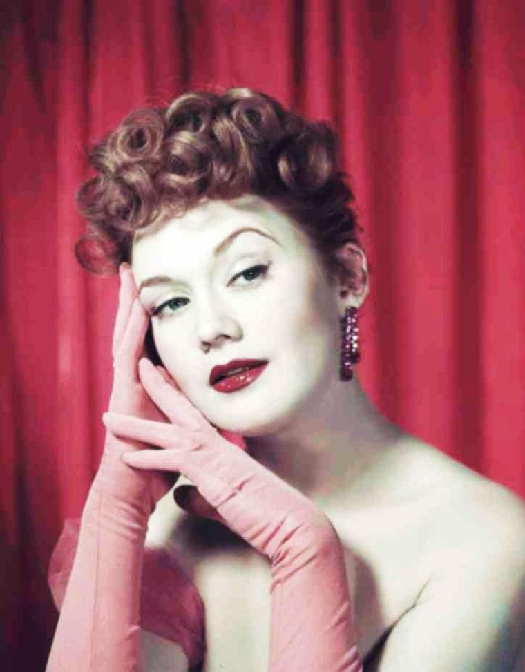 Marcia HENDERSON est une actrice Américaine née le 22 Juillet 1929, décédée le 23 Novembre 1987.