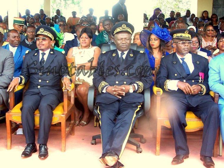 En Images : La passation de commandement entre les  sous-préfets sortant et entrant de Bamendjou