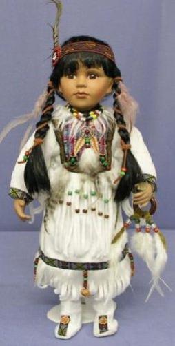 Suite de poupée amerindienne