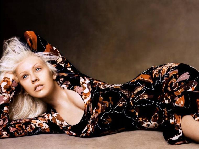 Tokio Hotel cité par Christina Aguilera.