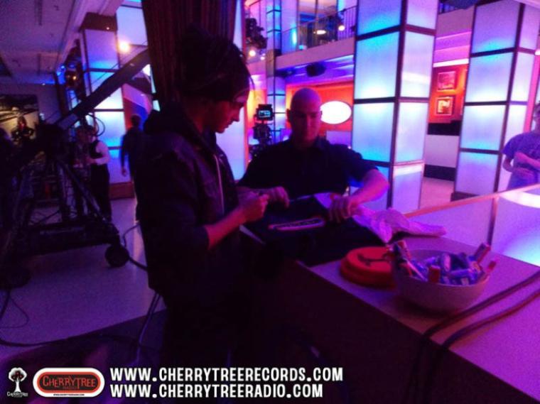 Bill et Tom à DSDS - Photos @CherrytreeRecords.com