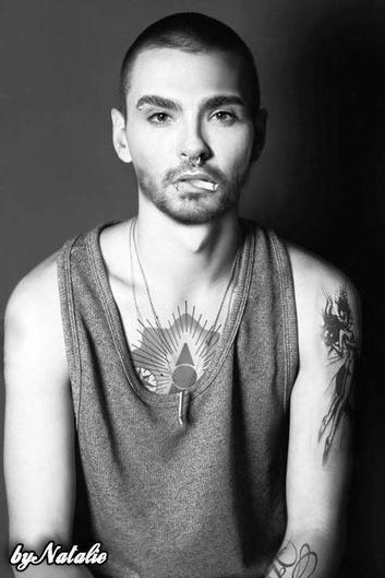 Starsontv.com : Bill Kaulitz est maintenant presque chauve