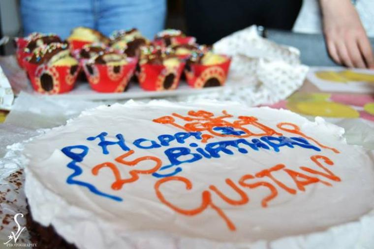 Street Team officielle Latina :3 - Anniversaire de Gustav <3