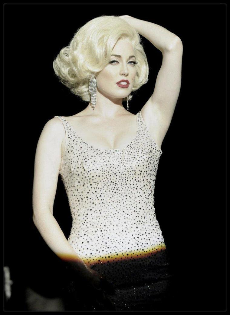 """SERIES, FILMS ou TELEFILMS BIOPICS sur Marilyn... Ces actrices, qui le temps d'un rôle, se sont glissées dans la peau Marilyn sur les écrans. De haut en bas : Mira SORVINO : """"Norma Jean et Marilyn"""" (1996) / Susan GRIFFITHS : """"Marilyn and me"""" (1991) / Catherine HICKS : """"Marilyn, une vie inachevée"""" (1980) / Poppy MONTGOMERY : """"Blonde"""" (2001) / Barbara NIVEN : """"Les rois de Las-Vegas"""" (1998) / Kelli GARNER : """"La vie secrète de Marilyn MONROE"""" (2015) / Michelle WILLIAMS : """"My week with Marilyn"""" (2011) / Charlotte SULLIVAN : """"Les KENNEDY"""" (2011)."""