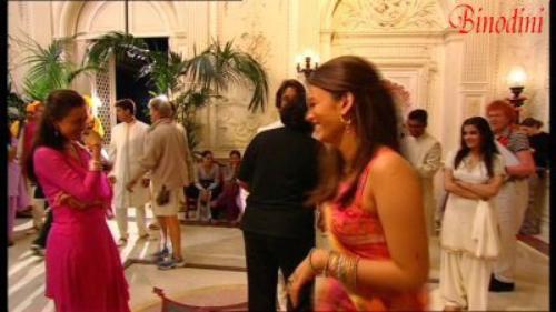 Coup de foudre a bollywood avec aishwarya rai blog de binodini sur mumbai principalement sur - Coup de foudre a bolywood ...