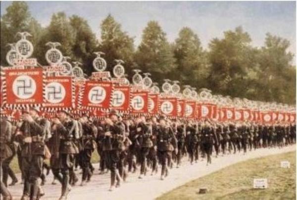 Des Criminels Nazis (7060)